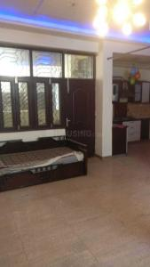 Gallery Cover Image of 1350 Sq.ft 3 BHK Independent Floor for rent in Gyan Khand for 14500