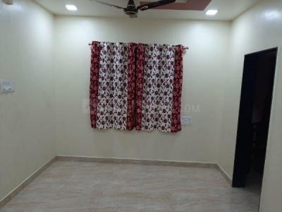 Gallery Cover Image of 900 Sq.ft 3 BHK Villa for rent in Mundhwa for 16000