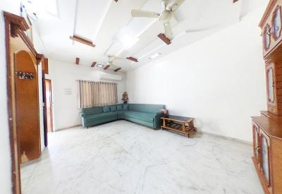Gallery Cover Image of 2331 Sq.ft 4 BHK Independent House for buy in Naroda for 18000000