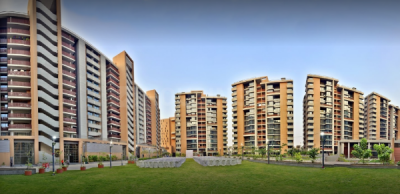 Gallery Cover Image of 2395 Sq.ft 3 BHK Apartment for buy in Maple Tree Garden Homes, Memnagar for 24000000