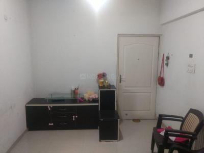 Gallery Cover Image of 890 Sq.ft 2 BHK Apartment for rent in Goel Amrut Ganga, Anand Nagar for 17000