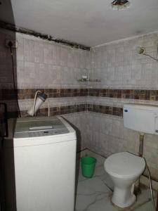 Bathroom Image of Jvs Girls PG in Vijay Nagar