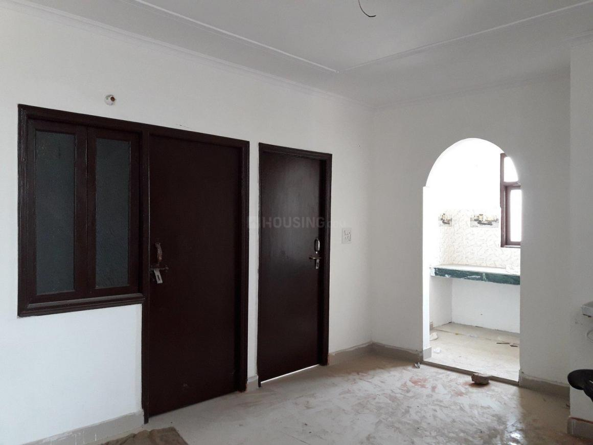 Living Room Image of 900 Sq.ft 3 BHK Apartment for buy in Dayal Bagh Colony for 2200000