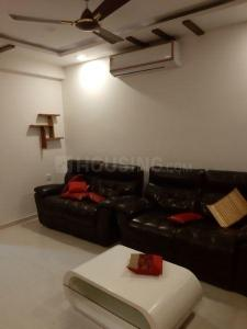 Gallery Cover Image of 1500 Sq.ft 3 BHK Apartment for rent in Kachiguda for 38000