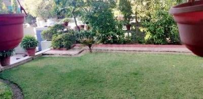 Gallery Cover Image of 7200 Sq.ft 5 BHK Villa for buy in Prahlad Nagar for 70000000