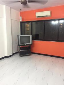 Gallery Cover Image of 350 Sq.ft 1 RK Apartment for rent in Mount View, Andheri East for 18000