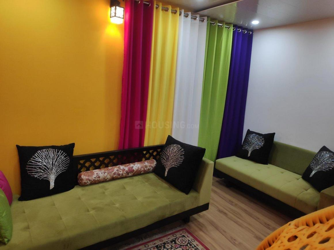Living Room Image of 900 Sq.ft 2 BHK Apartment for buy in Vasundhara for 3250000
