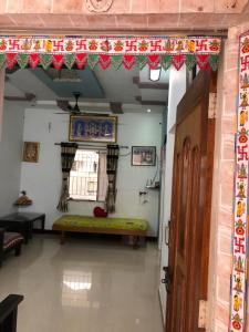 Gallery Cover Image of 1080 Sq.ft 3 BHK Independent House for buy in Bapunagar for 6000000