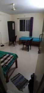 Bedroom Image of Sri Sai Balaji PG in Nagavara