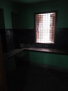 Gallery Cover Image of 550 Sq.ft 2 BHK Independent Floor for rent in Jadavpur for 8500