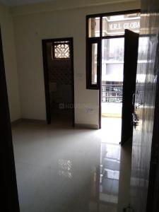 Gallery Cover Image of 450 Sq.ft 1 BHK Independent Floor for buy in DLF Ankur Vihar for 1092000