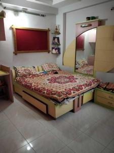 Gallery Cover Image of 1242 Sq.ft 3 BHK Apartment for buy in Naranpura for 9600000