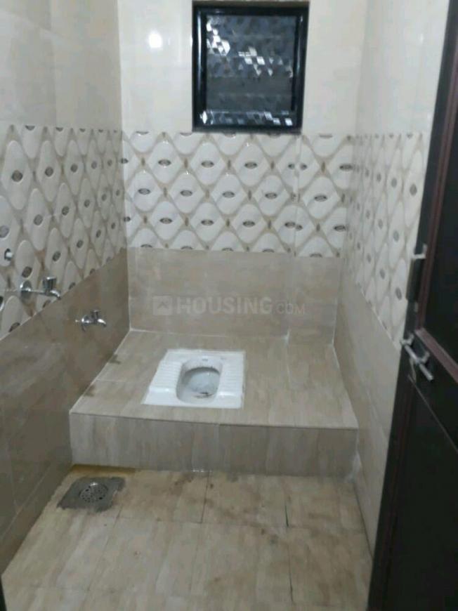 Bathroom Image of 500 Sq.ft 1 BHK Independent House for rent in Karve Nagar for 13000