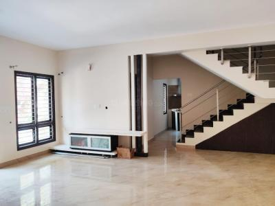 Gallery Cover Image of 4000 Sq.ft 5 BHK Independent House for buy in Benson Town for 44000000