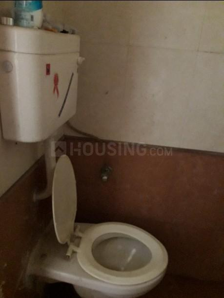 Common Bathroom Image of 620 Sq.ft 1 BHK Apartment for rent in Shilottar Raichur for 13000