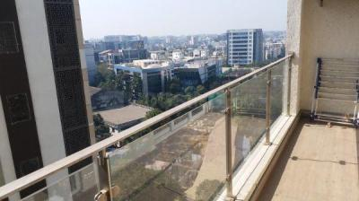 Gallery Cover Image of 1200 Sq.ft 3 BHK Apartment for rent in Mahindra Vivante Building Number 1 And 2, Andheri East for 75000