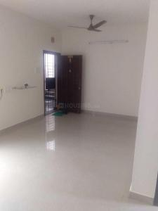 Gallery Cover Image of 844 Sq.ft 2 BHK Apartment for rent in Nila Tech Arumugam Castle, Ramapuram for 15000