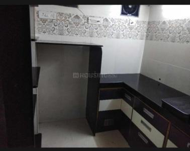 Gallery Cover Image of 340 Sq.ft 1 RK Apartment for rent in Kandivali West for 15000