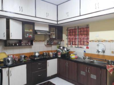 Gallery Cover Image of 1500 Sq.ft 2 BHK Apartment for rent in J. P. Nagar for 20000