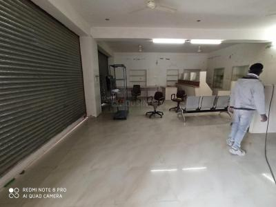 Gallery Cover Image of 1200 Sq.ft 1 RK Independent Floor for rent in Rawat Nagar for 18000