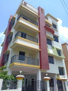 Gallery Cover Image of 1150 Sq.ft 2 BHK Apartment for buy in Chak Garia Apartment, Santoshpur for 4200000