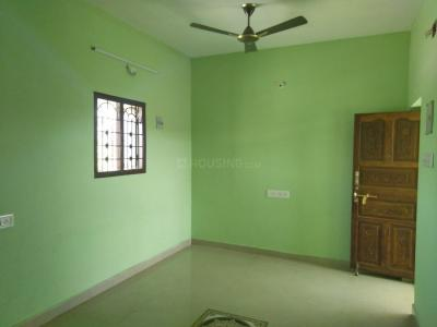 Gallery Cover Image of 900 Sq.ft 1 BHK Independent Floor for rent in Medavakkam for 6000