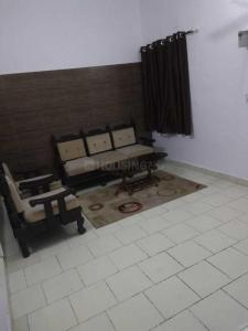 Gallery Cover Image of 625 Sq.ft 1 BHK Independent Floor for rent in Rajouri Garden for 18000
