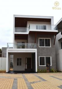 Gallery Cover Image of 4000 Sq.ft 3 BHK Villa for buy in Cynosure Jyothi Woods, Marathahalli for 39000000