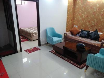 Gallery Cover Image of 640 Sq.ft 2 BHK Apartment for buy in Royal Homes, Dwarka Mor for 2800000