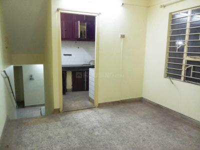 Gallery Cover Image of 1200 Sq.ft 3 BHK Apartment for rent in Ballygunge for 20000