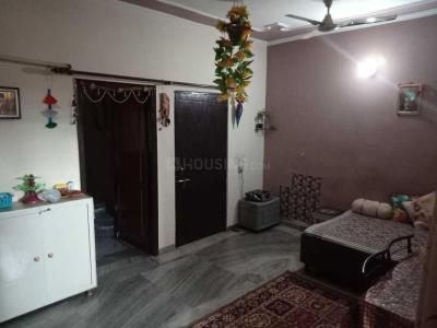 Gallery Cover Image of 1800 Sq.ft 3 BHK Independent Floor for rent in Sector 37 for 21000