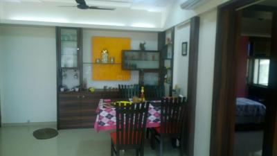 Gallery Cover Image of 765 Sq.ft 2 BHK Apartment for rent in Kandivali East for 31500
