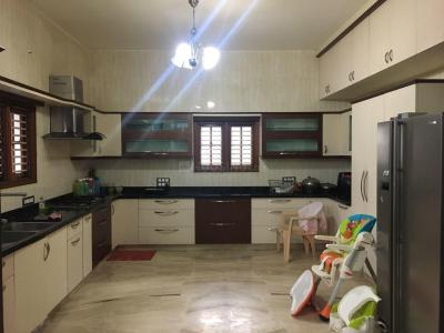 Gallery Cover Image of 1758 Sq.ft 3 BHK Apartment for rent in Rajajinagar for 70000