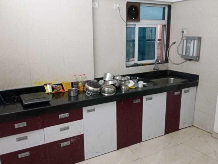 शिप्रा सनसिटी में पीजी इन इंदिरापूरम नोएडा यन्ह के किचन की तस्वीर