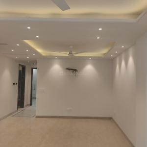 Gallery Cover Image of 1800 Sq.ft 3 BHK Independent Floor for buy in Malviya Nagar for 26000000