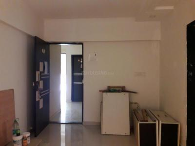 Gallery Cover Image of 640 Sq.ft 1 BHK Apartment for rent in Nalasopara East for 8000