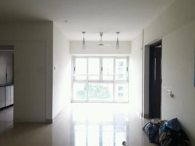 Gallery Cover Image of 1150 Sq.ft 3 BHK Apartment for rent in Kandivali East for 39000