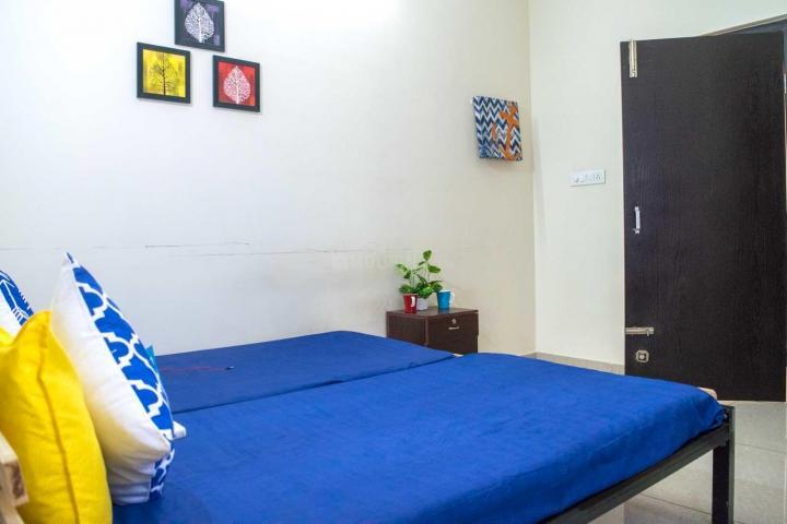 बीटीएम लेआउट में ज़ोलो मेवरिक में बेडरूम की तस्वीर