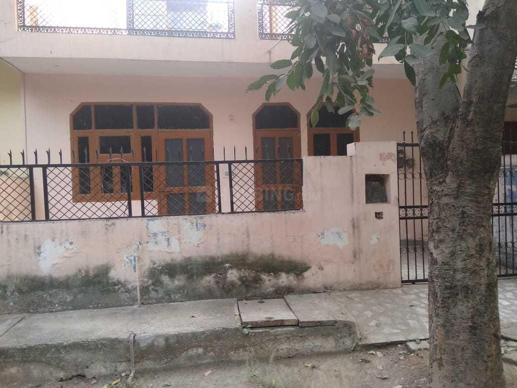 Building Image of 650 Sq.ft 1 BHK Independent House for buy in Beta I Greater Noida for 4800000