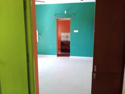 Gallery Cover Image of 1000 Sq.ft 1 BHK Apartment for rent in AKS Radiance, Perumbakkam for 11000