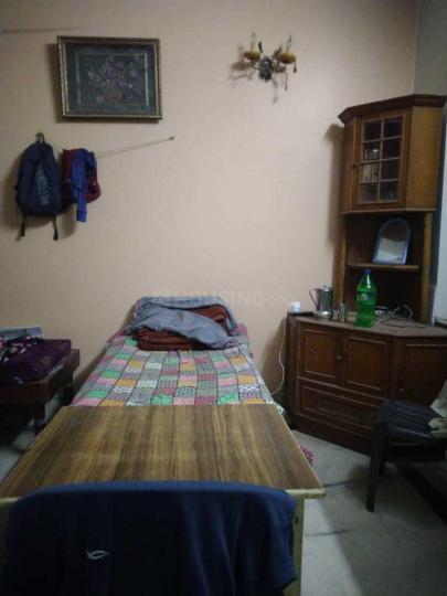 Bedroom Image of Shiv Niwas PG in Patel Nagar
