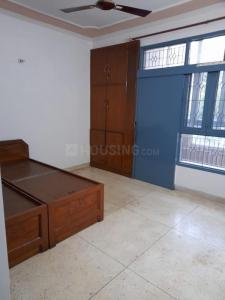 Gallery Cover Image of 1200 Sq.ft 3 BHK Apartment for rent in Oriental Apartment, Sector 62 for 17000