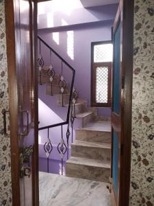 Gallery Cover Image of 1950 Sq.ft 2 BHK Independent Floor for rent in Gamma II Greater Noida for 12000