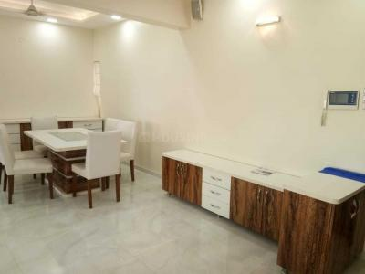 Gallery Cover Image of 1050 Sq.ft 2 BHK Apartment for rent in Kandivali West for 50000