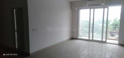 Gallery Cover Image of 2200 Sq.ft 4 BHK Apartment for rent in Luxuria Heights, Tangra for 50000