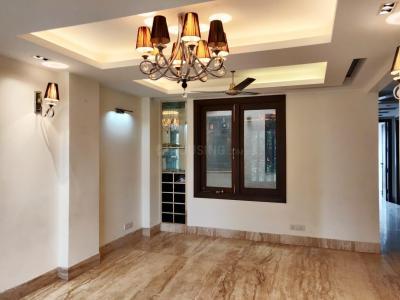 Gallery Cover Image of 1800 Sq.ft 3 BHK Independent Floor for rent in Sarvodaya Enclave, Sarvodaya Enclave for 65000