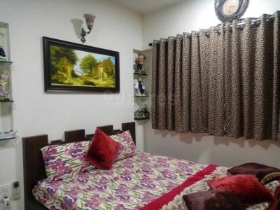 Gallery Cover Image of 900 Sq.ft 2 BHK Independent Floor for buy in Kandivali West for 12500000