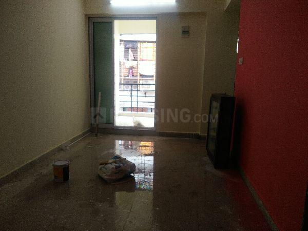 Living Room Image of 650 Sq.ft 1 BHK Apartment for rent in Kopar Khairane for 14000