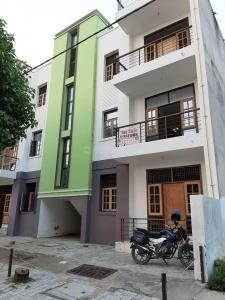 Gallery Cover Image of 1280 Sq.ft 3 BHK Apartment for buy in Chamrauli for 3600000