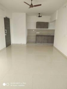 Gallery Cover Image of 1350 Sq.ft 3 BHK Apartment for rent in Malad East for 58000